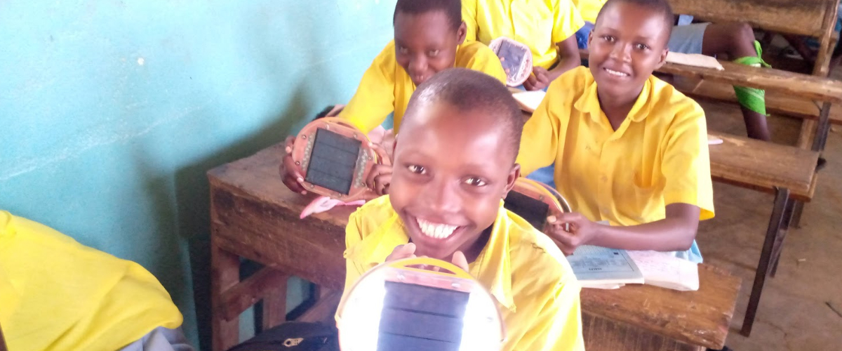 Give the gift of solar light this Christmas! For just £13 you can change children's lives.